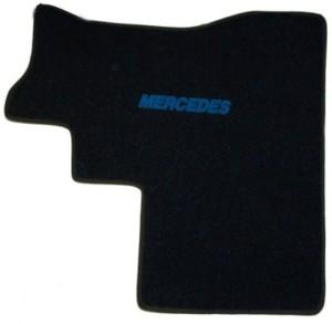 autokoberec Mercedes Actros - střed